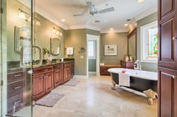 362 SW 131st St Newberry FL-large-028-10-Master Bath-1500x1000-72dpi_preview