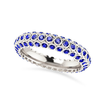 18k white gold and blue sapphires ring
