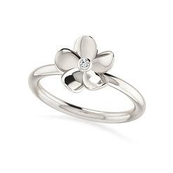 18k whitegold and diamond ring