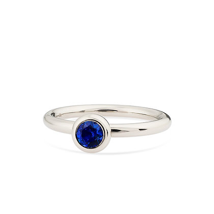 18k white gold and blue sapphire engagement ring