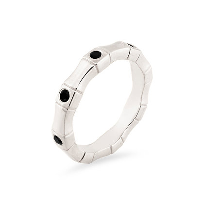 18k white gold and diamonds band ring