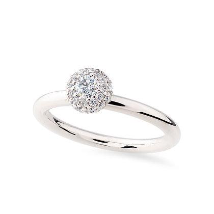 18k whitegold and diamonds engagement ring