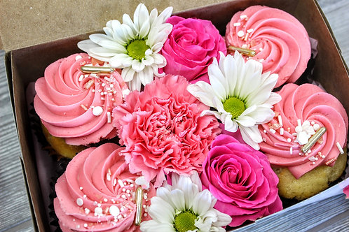Mother's Day Cupcakes w/ Flowers