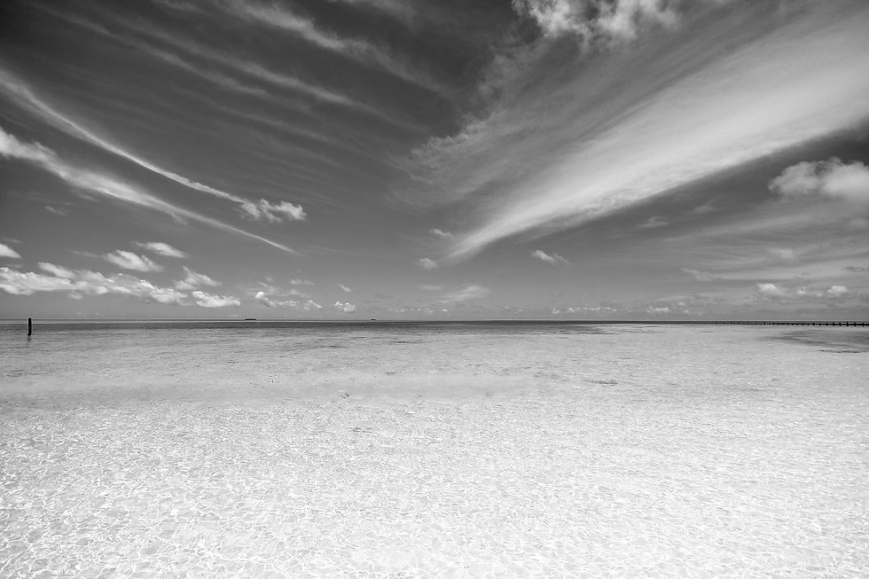 beach-calm-clouds-coast-Caribbean_Collec
