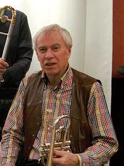 Jan van Hulten - cornet & vocals.jpg