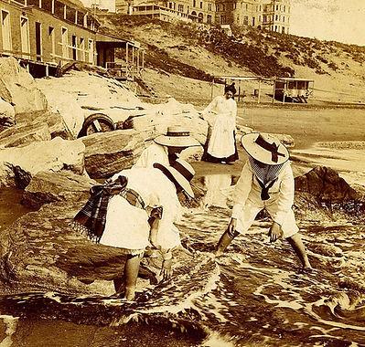 Mar del Plata - bañistas en la Playa de los Ingleses