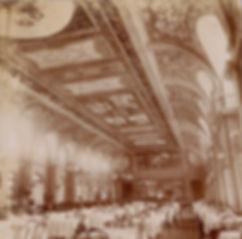 El salón comedor del Hotel Bristol