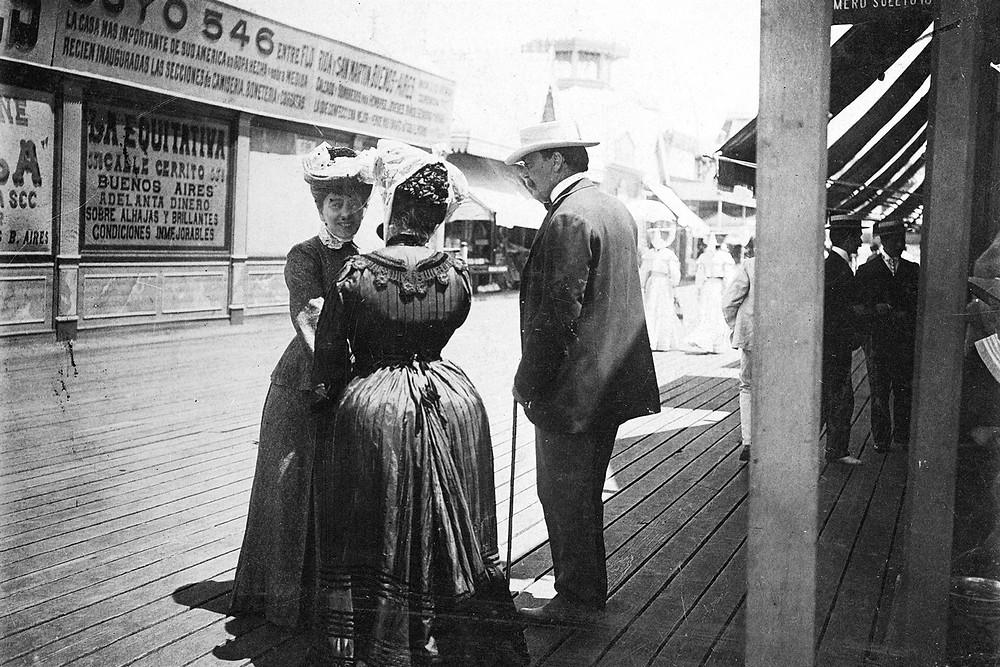 Carlos Pellegrini y su esposa en Mar del Plata