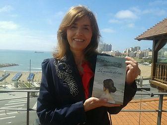 novela romántica La Canción del Mar del Plata, Gloria Vodanovich Casañas Casanas. Mejor escritora Argentina y española