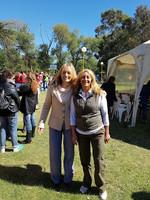 con Mónica Iza de Turismo, mi primer contacto en la Reserva de Mar Chiquita