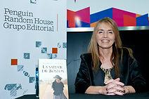 Gloria V Casañas en la Feria del Libro de Buenos Aires 2016 - La Salvaje de Boston