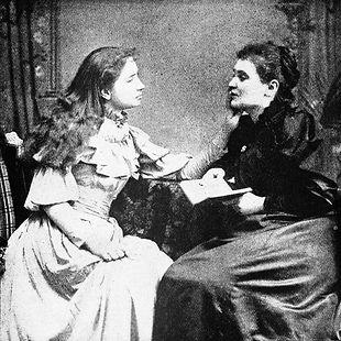 Helen Keller y su maestra Ann Sullivan