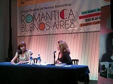 presentación con la periodista Débora Perez Volpin de CANAL 13 TV