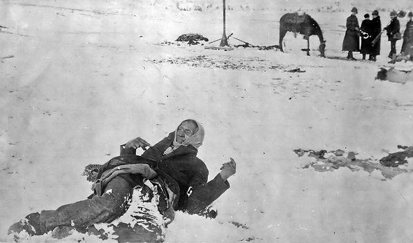 cadáver congelado en Wounded Knee