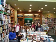 En YENNY de TUCUMAN con su personal y lectores