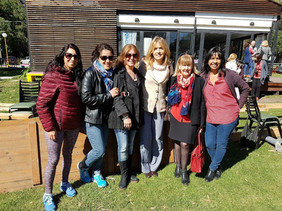 Paola, Paula y Julieta de Mardel, Graciela y Karina