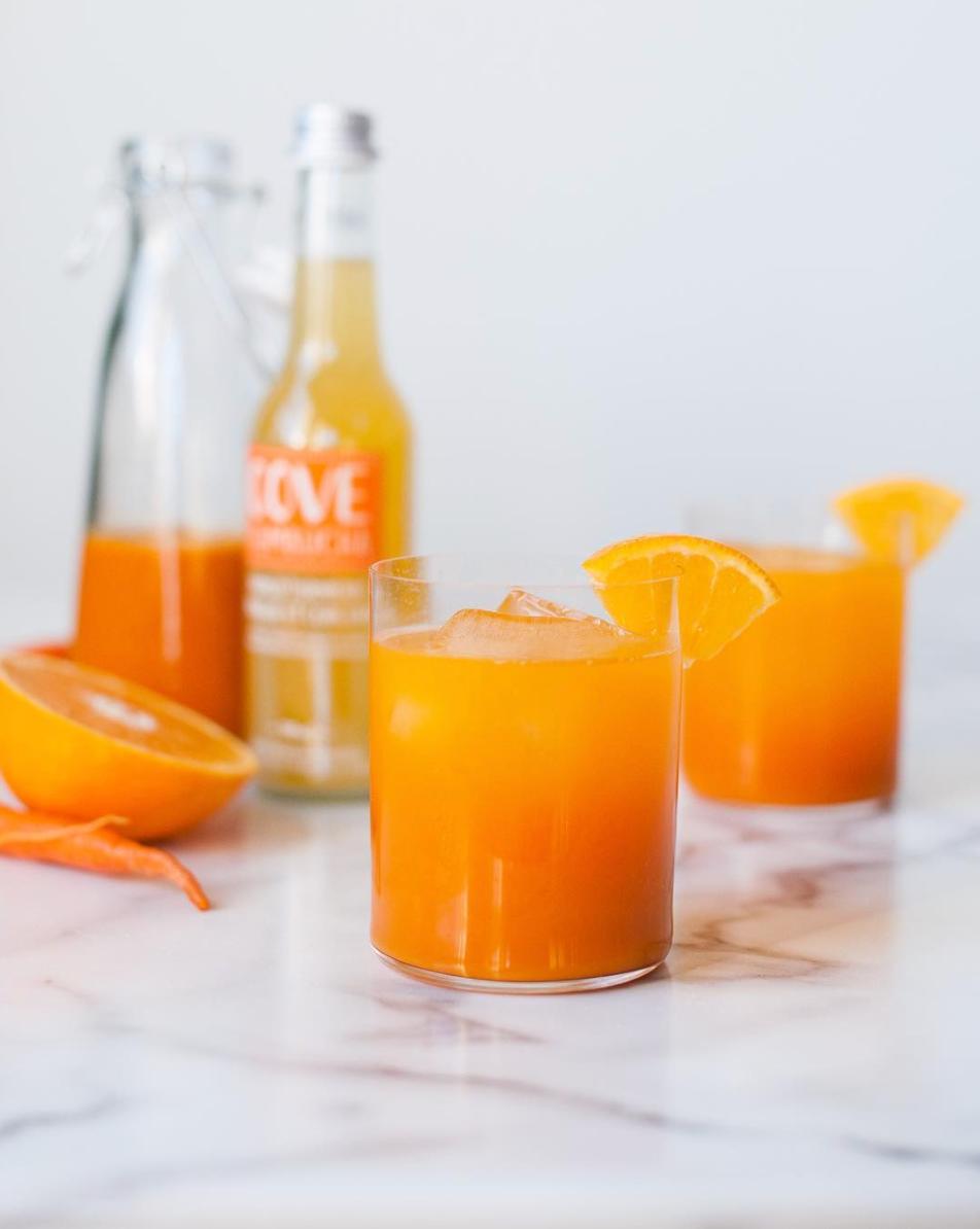 Mango Turmeric Cocktail