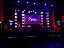 Optilux fyller 10 år