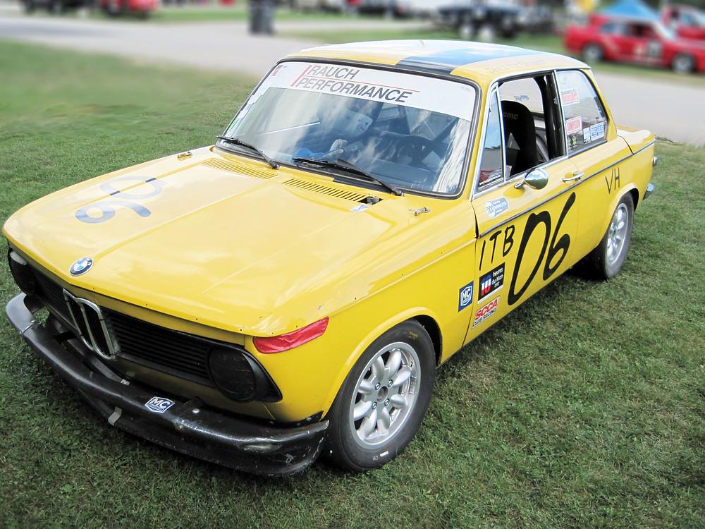 Grattan Raceway, Grand Rapids, Michigan BMW 2002 Yellow Vintage Race