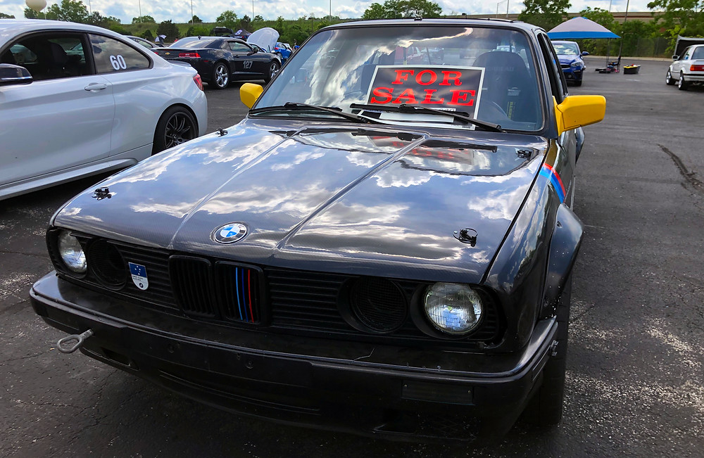 Mila 1990 BMW 318i Sedan