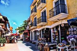 Downtown-Isla-Mujeres