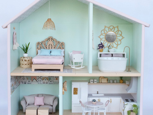 The Iyla Dollhouse