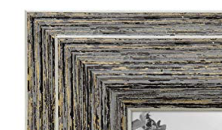 Picture Frame Distressed Wood, no time to make it?