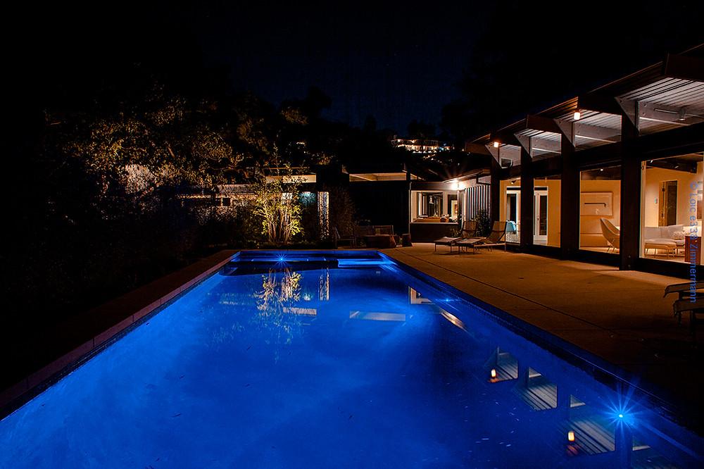 pool side 1.jpg