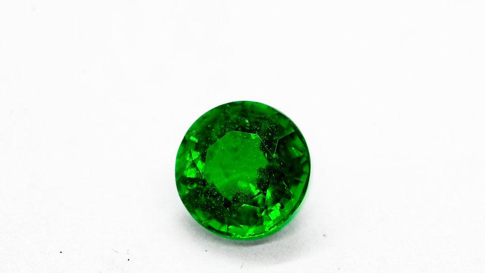 Emerald | 7.3mm round | 1.53CT x 9000K/CT