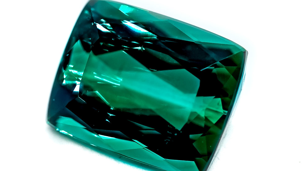 Green Tourmaline | 13.6x10.9cush | 8.52CT x 450K/CT