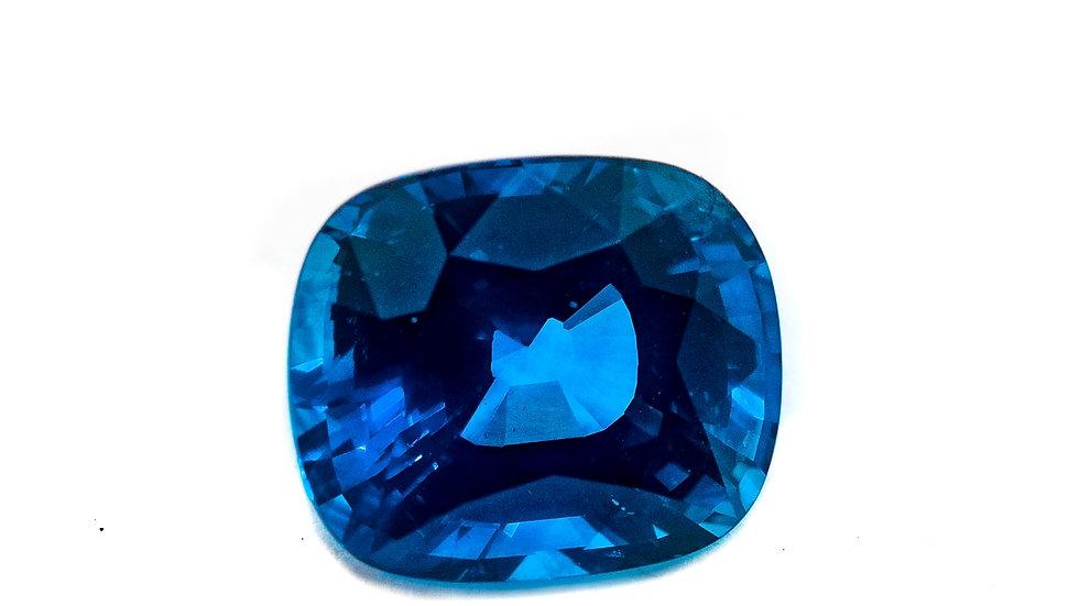 Ceylon Sapphire Gem | INV#B917DE  | 9.7 x 8.2 cush | 4.20CT x 4800K/CT