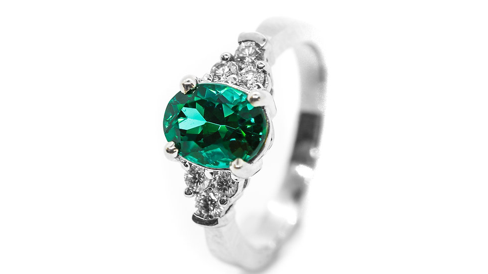 Green Tourmaline 7-Stone Ring | SS97 | 1.88CT w/ .25CT dia | 2300K