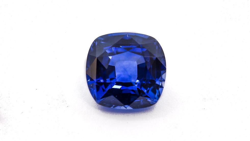 Ceylon Sapphire | 8.2 x 7.7 cush. | 2.71CT | 3400K/CT