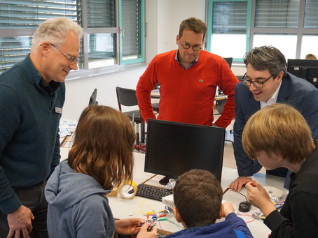 Rouenhoff: Digitale Kompetenzen an Schulen stärken