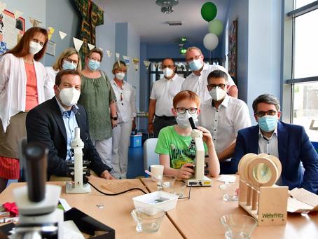 RP-Online: Es fetzte beim Tag der kleinen Forscher in Bedburg-Hau