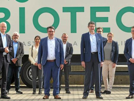 NRZ-Online: CDU Fraktionschef Brinkhaus besuchte Biotec in Emmerich