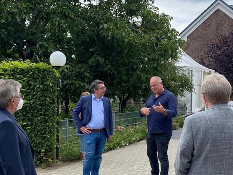 NRZ-Online | Rees: Rouenhoff besuchte Altenheim St. Marien in Haldern