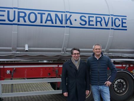 Rouenhoff besucht Fahrzeugbauer