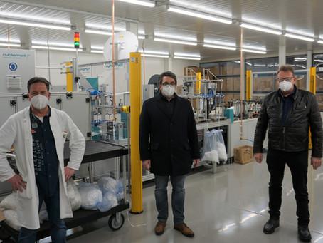 Rouenhoff informiert sich über FFP-2 Maskenproduktion