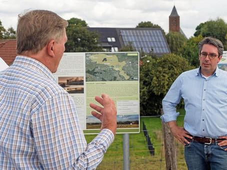 NRZ-Online | Emmerich: Rouenhoff informiert sich über Hochwasserschutz