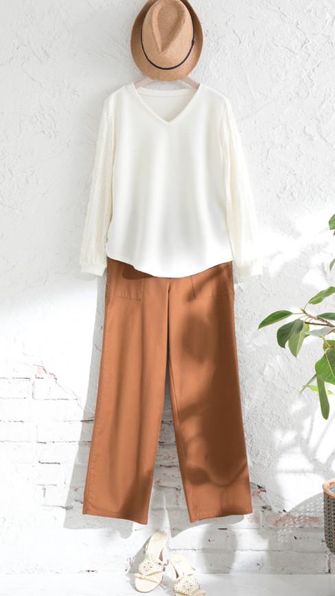 Cutsew edt-61110060 ¥16,500 (税込) size/ 38,40  color/ 03  Pants edt-61110046 ¥19,800 (税込) size/ 38,40  color/ 24