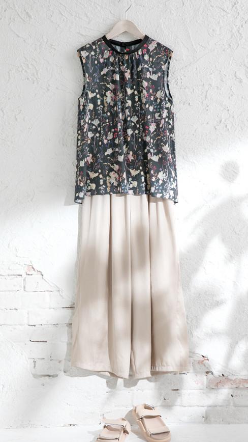 Blouse edt-61130043 ¥17,600 (税込) size/ 38,40  color/ 60  Pants edt-61130076 ¥17,380 (税込) size/ 38,40  color/ 12