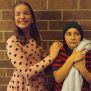 Sally (Ryann Kirkilas) and Linus (Lucie Martinez)
