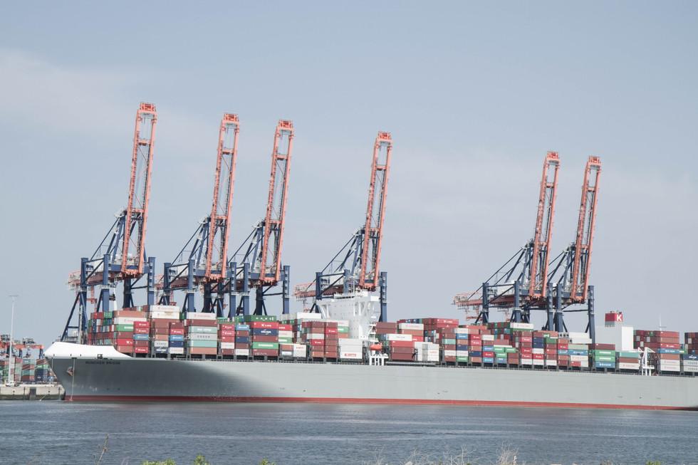 Chargement des conteneurs - port de Rotterdam