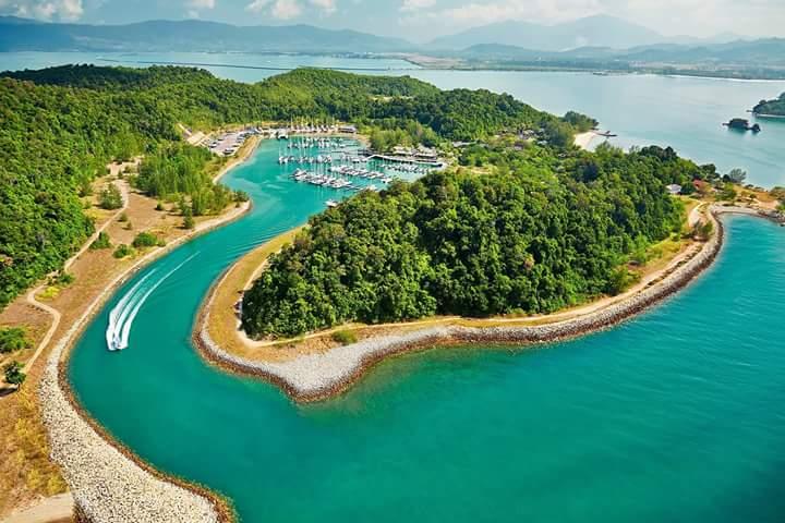 Rebak Island Marina Seaspray Marine