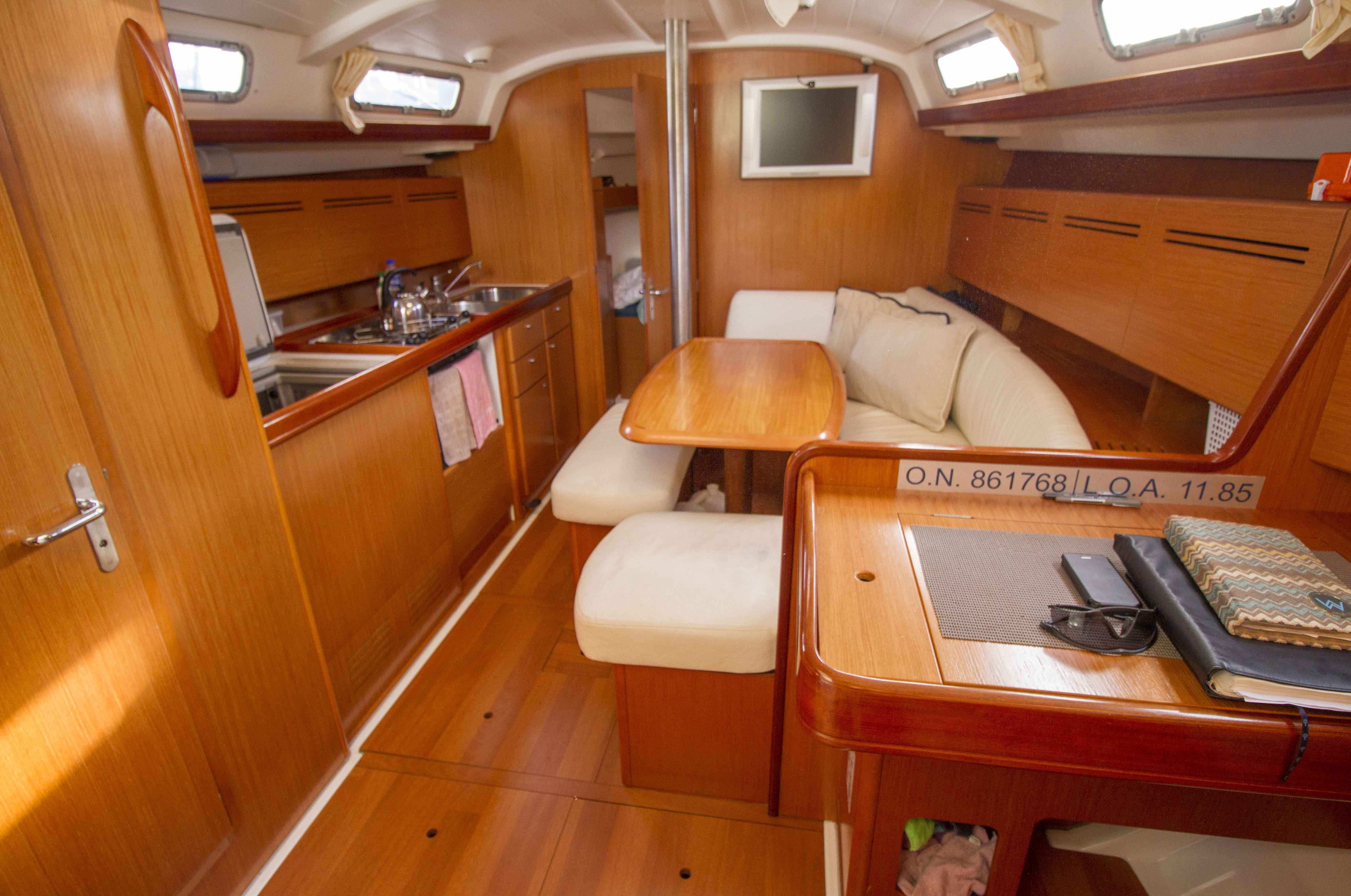 Beneteau Cyclades for sale Malaysia 13