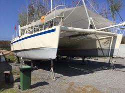 Out of water Sundancer Catamaran for sal