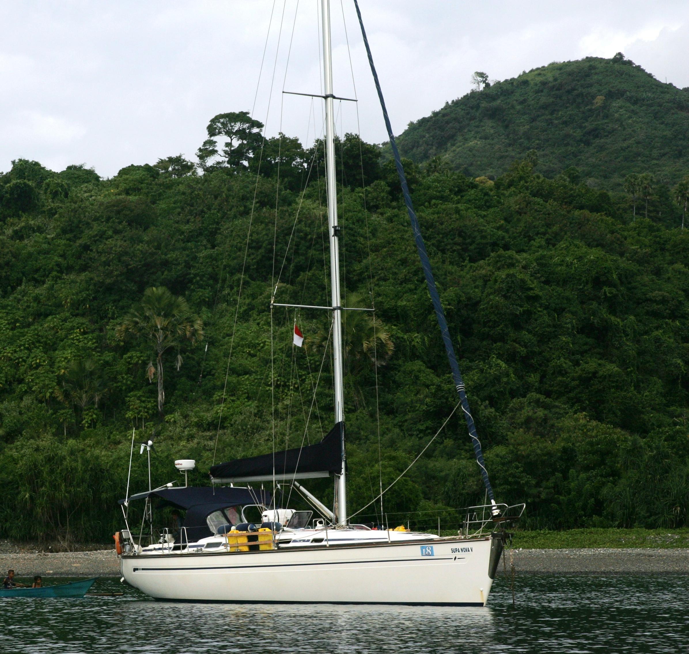 Supa Nova at anchor Tg Gedung