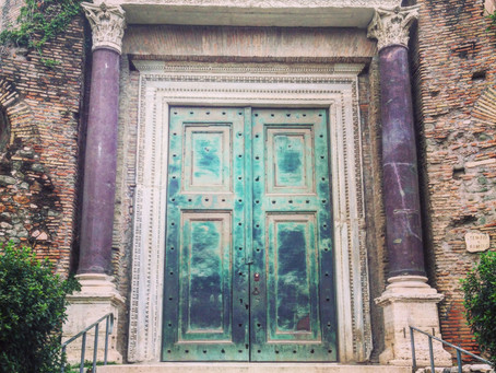 Obsessed with Roman Doors..