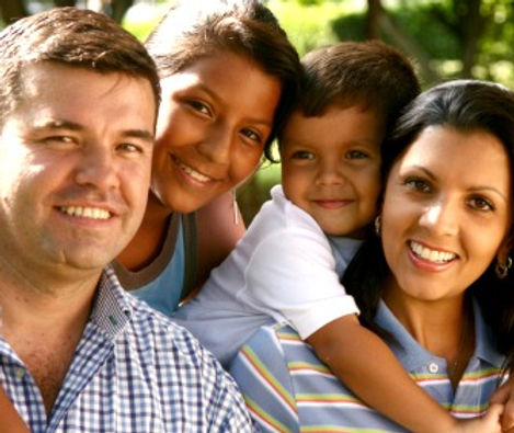 Hispanic Family-2.jpg